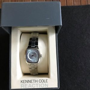 NEW IN BOX Woman's Kenneth Cole Reaction Watch